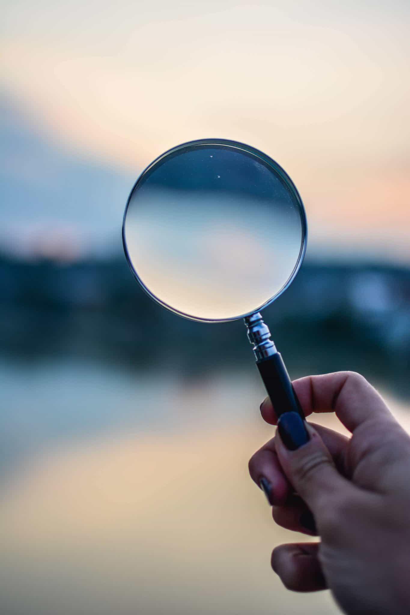 Interesante herramienta para localizar puestos del mercado oculto: «Follow Company», de LinkedIn